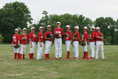 12U Reds Team and Player Pictures
