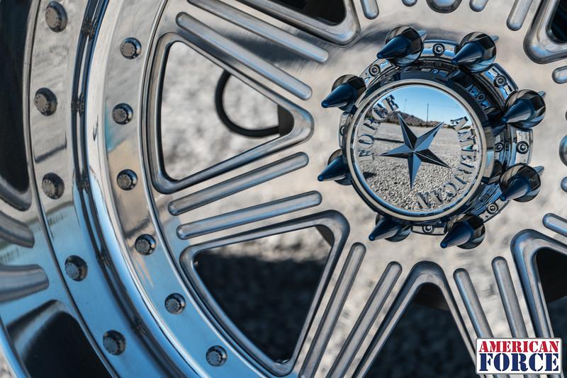 Ridin'-High-Silver-Dodge-Ram-161105-DSC02878-79.jpg
