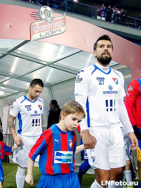 Baryho nůžky a Limbův nešťastný dloubák: Viktoria Plzeň - Baník Ostrava 1:1