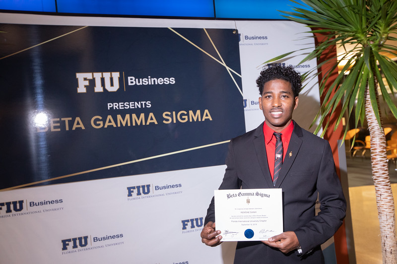 FIU Beta Gamma Sigma Ceremony 2019-131.jpg