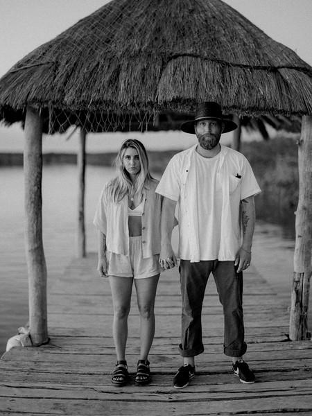 Jake&AmberB&W-98.jpg