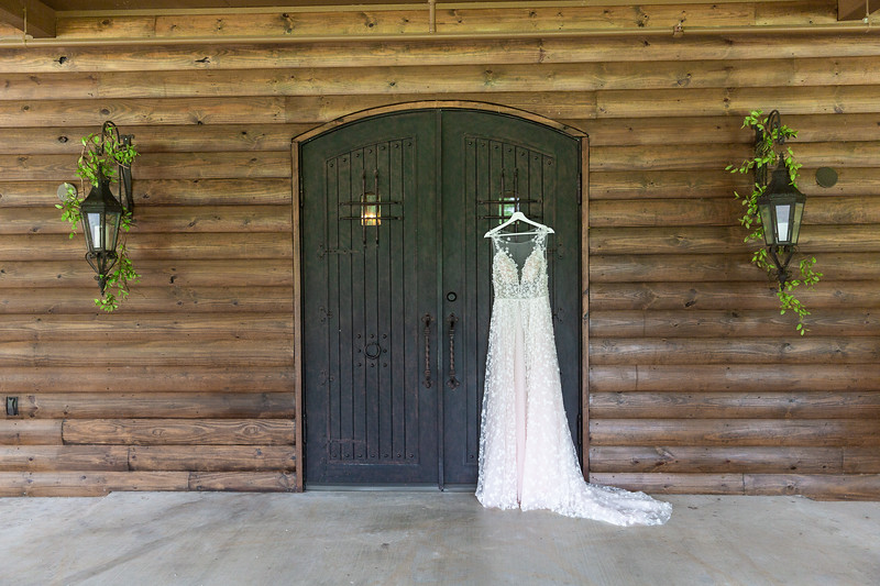 Daria_Ratliff_Photography_Styled_shoot_Perfect_Wedding_Guide_high_Res-4.jpg