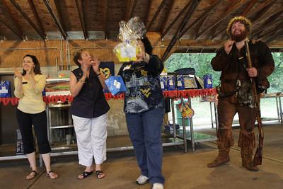 27742 WVU Parents Club Pittsburgh August 2011