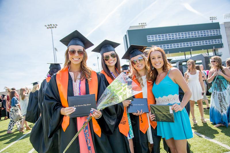 graduation9728.jpg