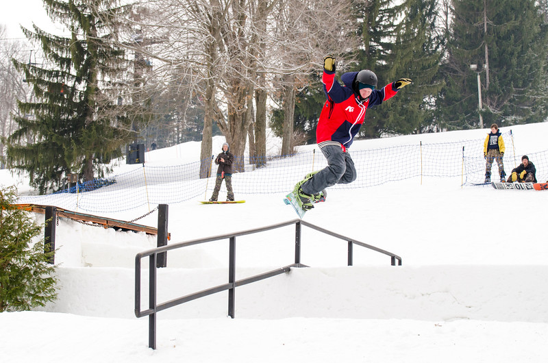 Snow-Trails_Mid-Season-2015-SpFeat-14.jpg