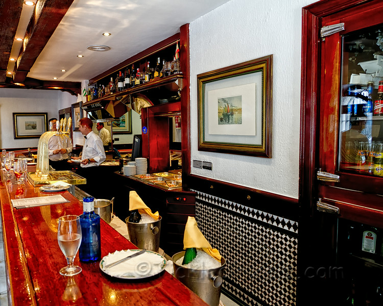 El Faro Tapas Bar - Try It!