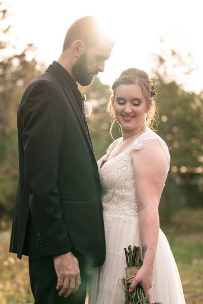 rustic_ohio__fall_barn_wedding-347.jpg