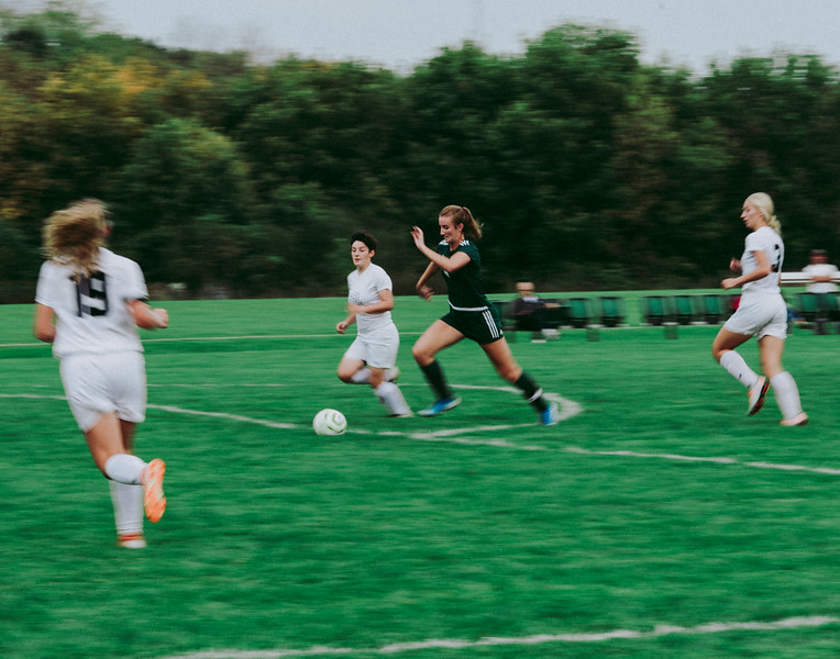 Holy Family Girls Varsity Soccer vs. Glencoe-Silver Lake, 9/24/19: Ella Haley '20 (4)