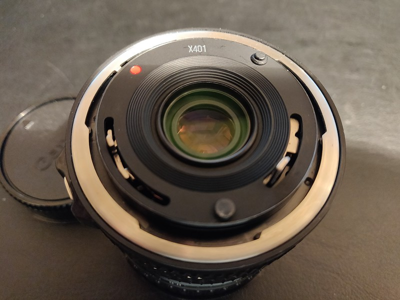 Canon FD 35-70mm 3.5-4.5 Macro - Serial X401 & 1013619 008.jpg