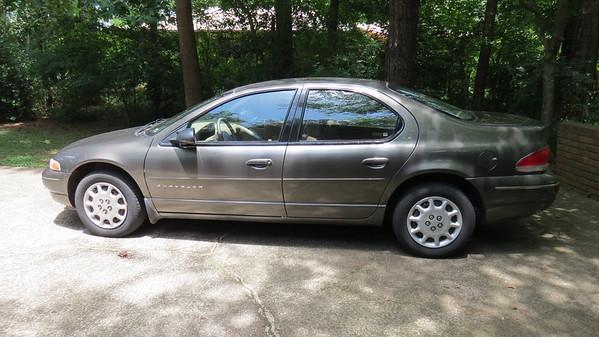 2000 Chrysler Cirrus .  .  .