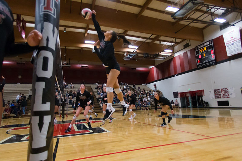 20181018-Tualatin Volleyball vs Canby-0346.jpg