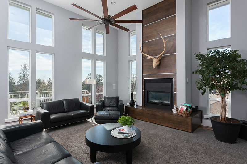 Chico-Interiors-Photography-Modern-architecure-living-room-in-Paradise-CA.jpg
