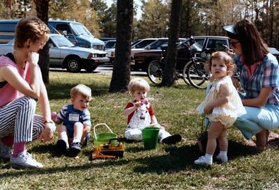 1986_October_Kids_at_Play