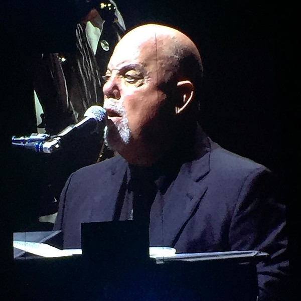 Sing us a song piano man! ♫♫