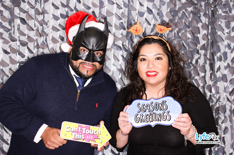 red-hawk-2017-holiday-party-beltsville-maryland-sheraton-photo-booth-0121.jpg