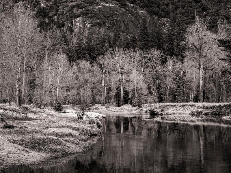 merced river bw.jpg