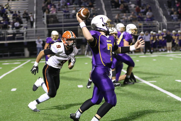 09b Football: Wheelersburg at Valley 2017: SECOND Quarter