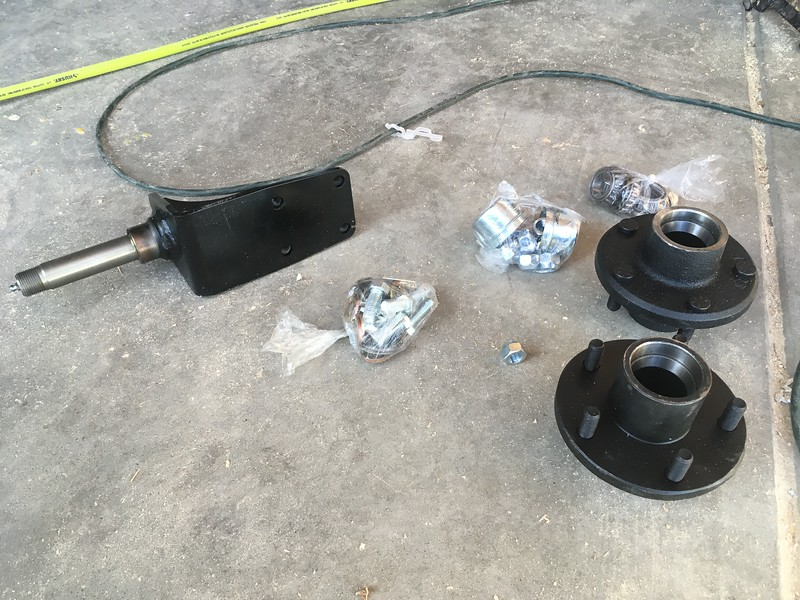 Axle shafts and hubs as shipped