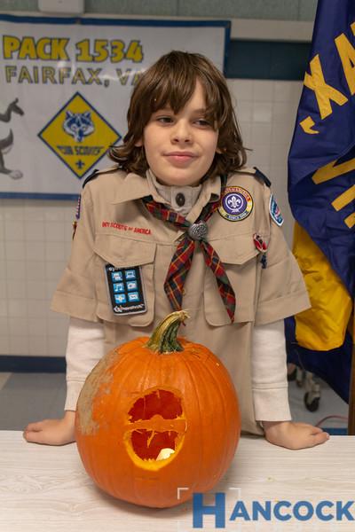 Cub Scout Pumpkin Carving 2018-100.jpg