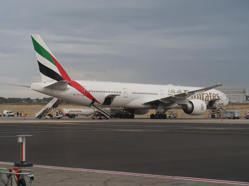 IMG_7179-emirates.JPG