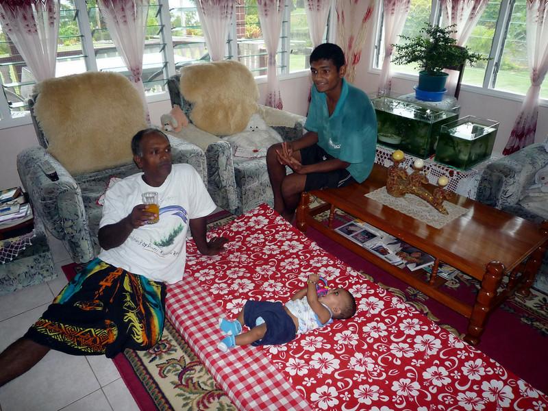 new fiji family.JPG