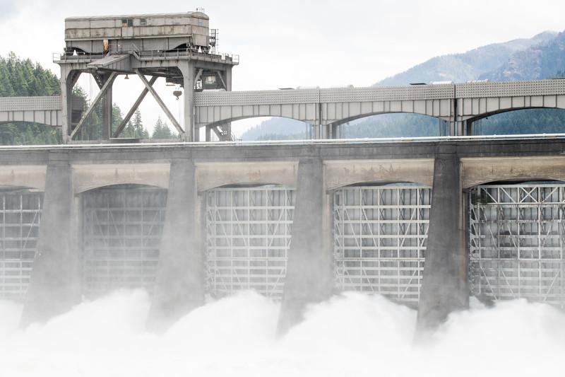 Bonneville Dam-5.jpg