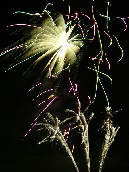 2005_1028tootingfireworks090_edited-1.JPG