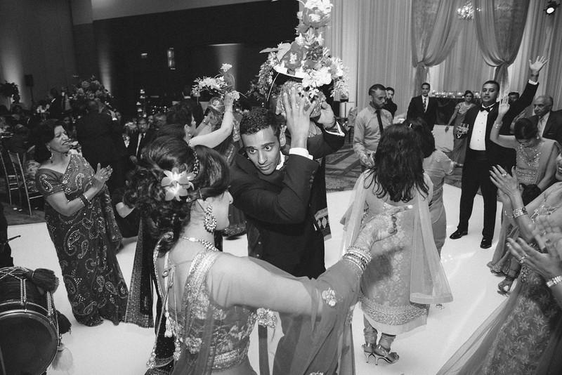 Le Cape Weddings - Karthik and Megan BW-118.jpg