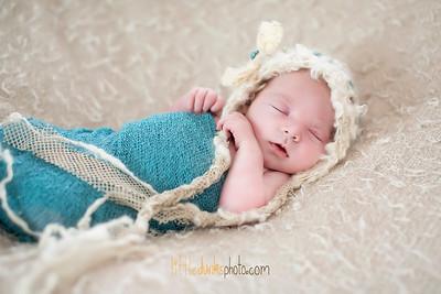 Charlotte Newborn  - 3.22.16