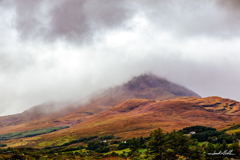 Mount Muckish in the clouds