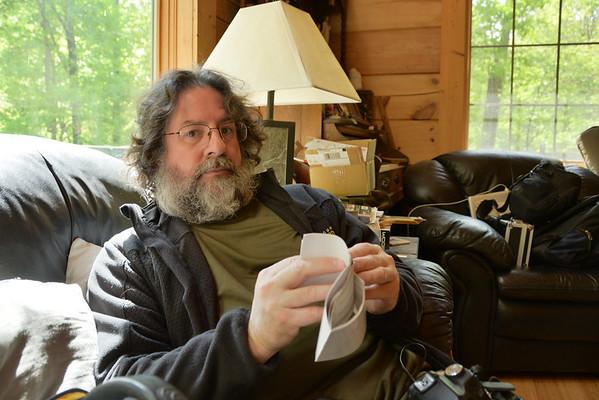 2012_04_22 John in woods D800 test