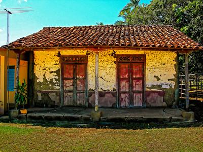MUD HOUSE/ CASA'S DE QUINCHA