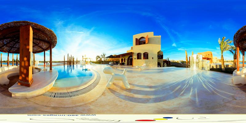 Villa Terrace Light.jpg