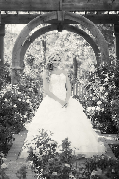 Stacy Bridals 20bw.jpg