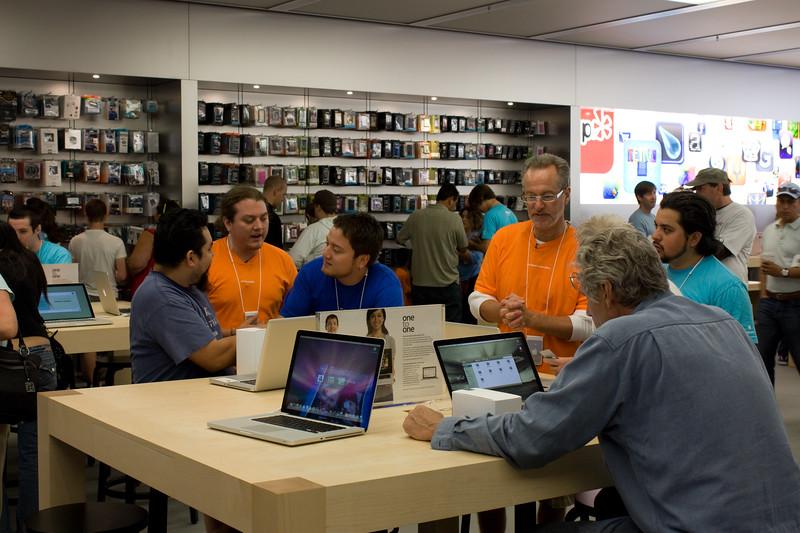 MacBook Pro Table.jpg