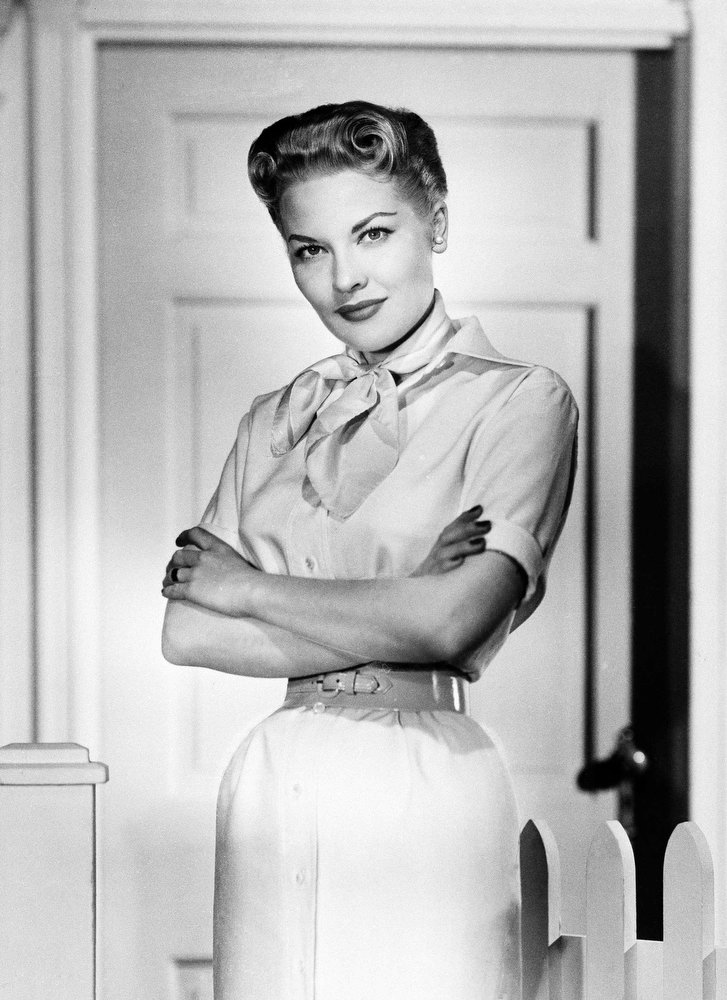 . Patti Page poses, Jan. 1958. (AP Photo)