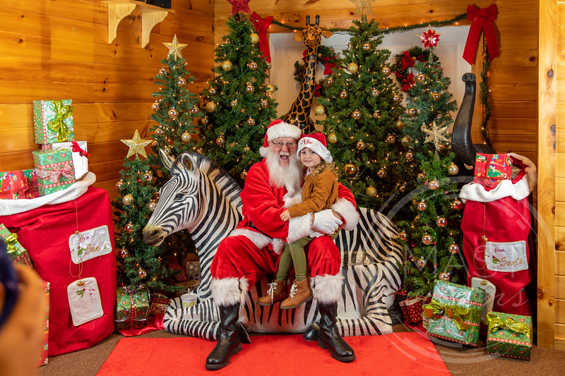 2019-12-01 Santa at the Zoo-7462.jpg