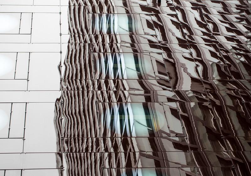 Hotel an der Reeperbahn, spiegelnde Fassaden