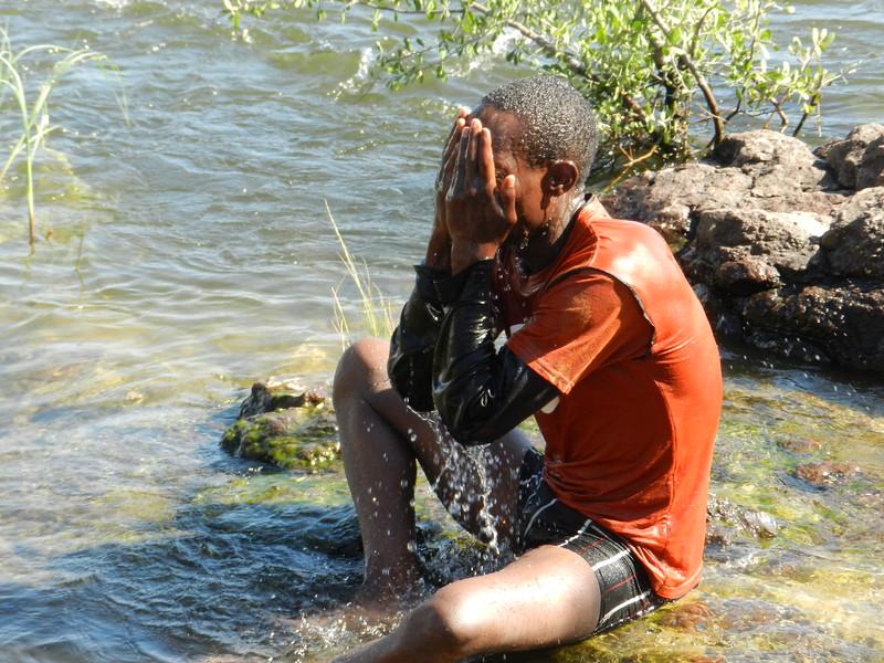 129 - Cooling in the Zambesi - Anne Davis