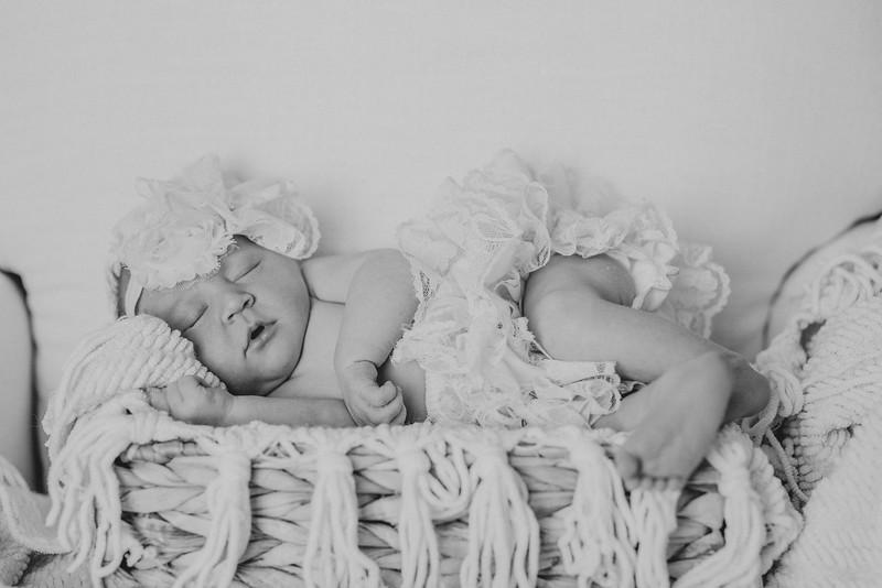 Carter_Newborn-0056-2.jpg