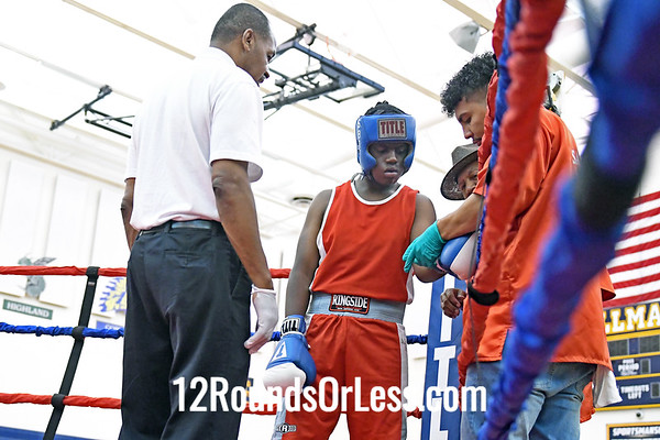 Bout #6:  Elijah Bowes, Blue Gloves, Saginaw, MI vs Antonio Portis, Red Gloves, Akron, 190 Lbs