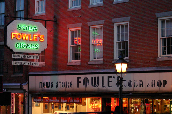 Fowle's News Store