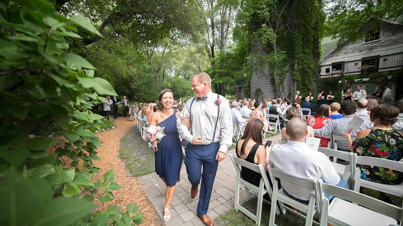 Garrett & Lisa Wedding (389).jpg