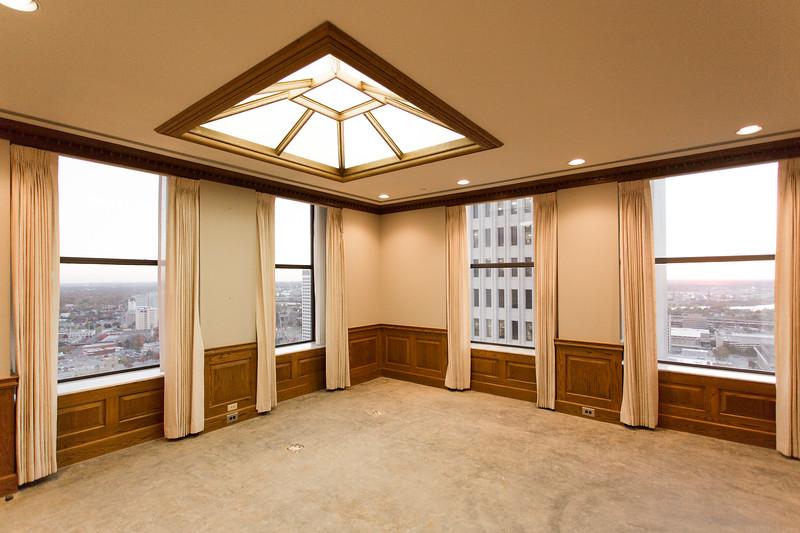 Suite 2500-10.jpg