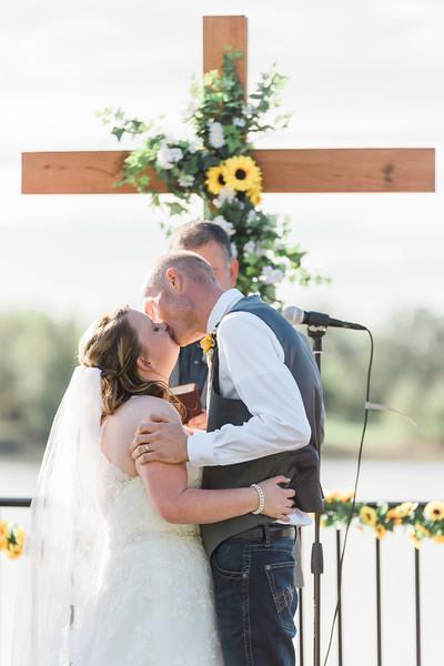 ELP0224 Sarah & Jesse Groveland wedding 2137.jpg