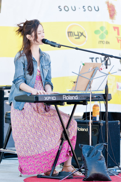 Emi Meyer performing at the 2011 J-POP Summit Festival
