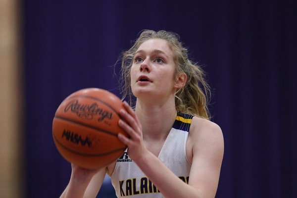 Basketball Girls Varsity Districts vs Galesburg KCHS 3/2/20