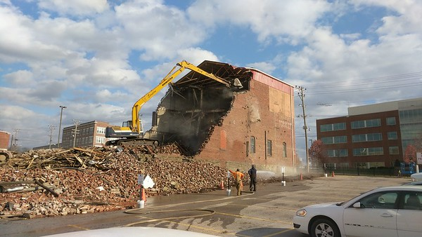 Citizens Transfer & Storage Building Demolition - Parkersburg, WV - 25 Nov. '17