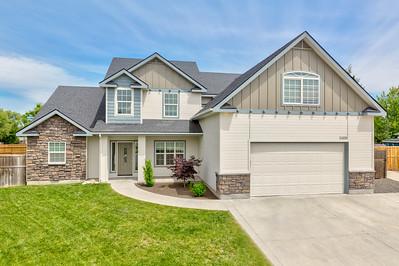 11436 W Carmicheal Dr, Boise, ID 83709