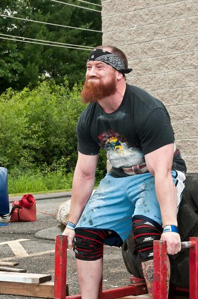 Fitness Revolution Strongman Challenge 2011_ERF4000.jpg